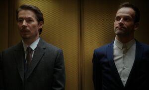 S04E10-Muller Holmes