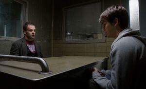 S01E03-Holmes Adam in box