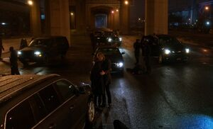 S02E22-Mycroft Watson at Milieu massacre