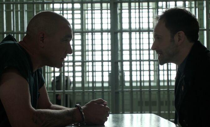 S01E21-Moran and Holmes