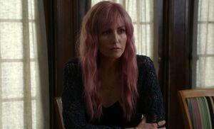 S07E09-Naomi Long