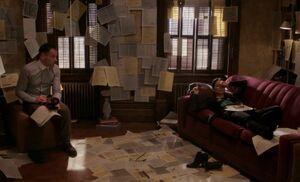 S03E19-Holmes wakes Watson morse