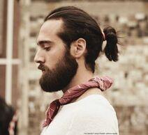 Men-ponytail-hairstyle-2016-450x412