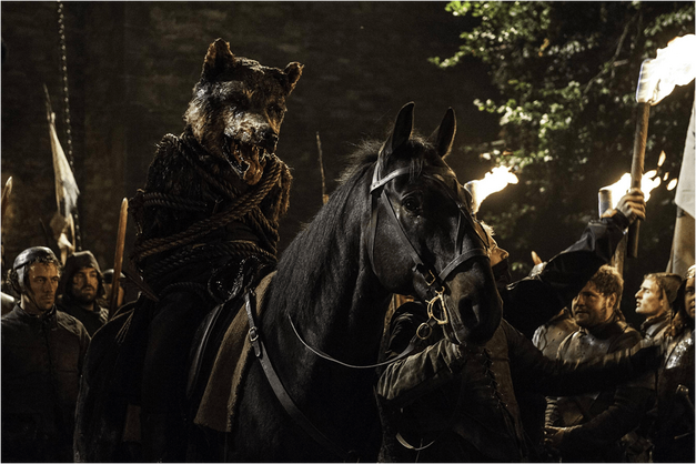 The King in the North-Wolf Hybrid game of thrones