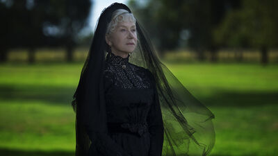'Winchester' Review: A Ludicrous Ghost Story That Misfires