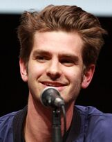800px-Andrew Garfield by Gage Skidmore (cropped).jpg