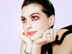 Anne Hathaway wedding ring