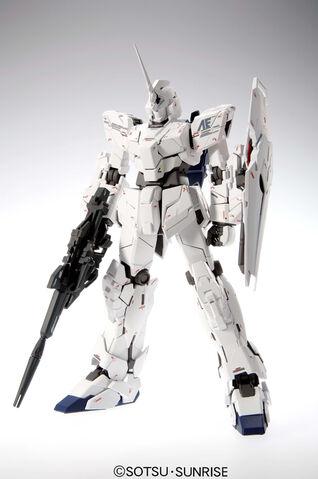 File:Mg-102 rx-0 unicorn gundam 02.jpg