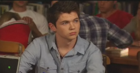 File:Damian McGinty.png