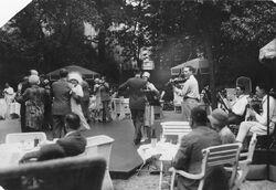 "Bundesarchiv Bild 183-K0623-0502-001, Berlin, Tanztee im ""Esplanade"""