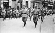 Bundesarchiv Bild 183-Z0127-305, Berlin 1927, Reichstreffen RFB, Thälmann, Leow