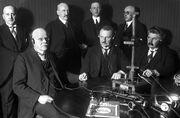 Bundesarchiv Bild 102-00231, Radioansprache von Kanzler Wilhelm Marx