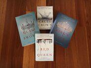 Red-queenbook plus novella