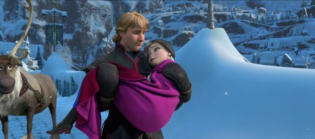 File:Kristoff Carrying Anna.jpg