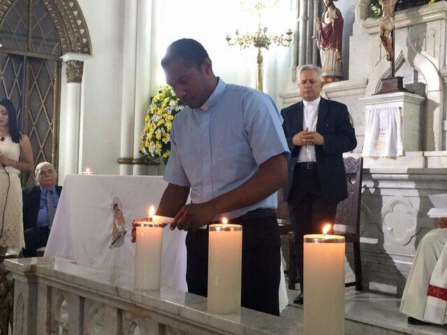 File:Padre cesar.jpg