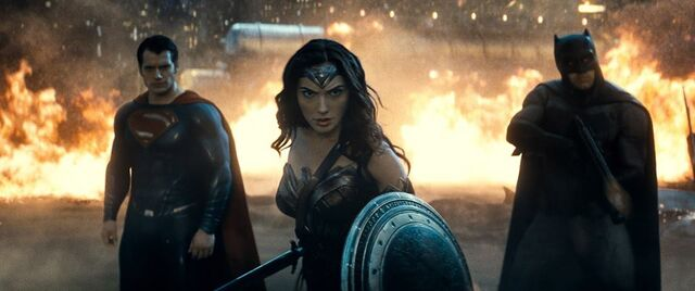 File:Batman v Superman 9.jpg