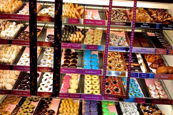 File:Dunkin-donuts.jpg