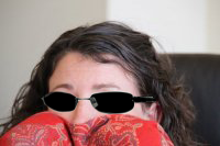 File:Sarah Manley with sunglasses.png