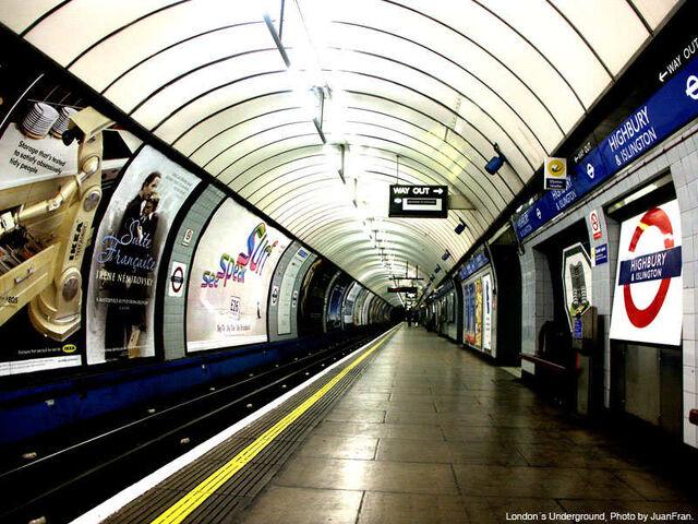 File:MetroLondres.jpg