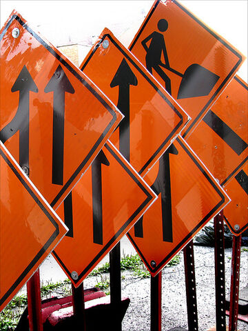 File:Construction signs.jpg