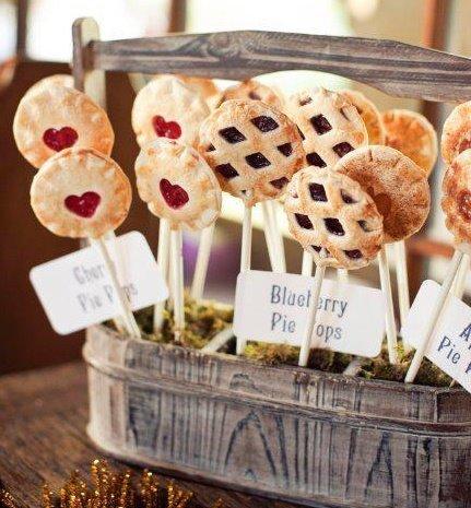 File:Memorial-Day-Picnic-Dessert-Blueberry-Pie-Pops-1.jpg