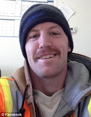 File:2F7C75AE00000578-3365720-Will Hammond from Alberta Canada served in Iraq and Afghanistan -m-1 1450461770643.jpg