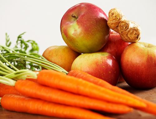 File:Carrot apple ginger juice.jpg