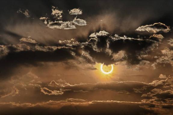 File:Eclipse-new-mexico-medendorp.jpg52012.jpg