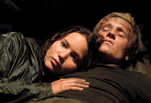 File:Katniss Peeta Greatest Love of All.jpg