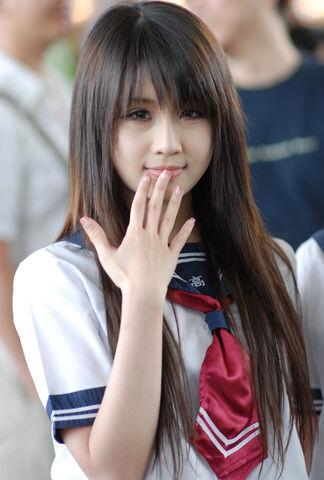 File:37891527-japanese-girls.jpg
