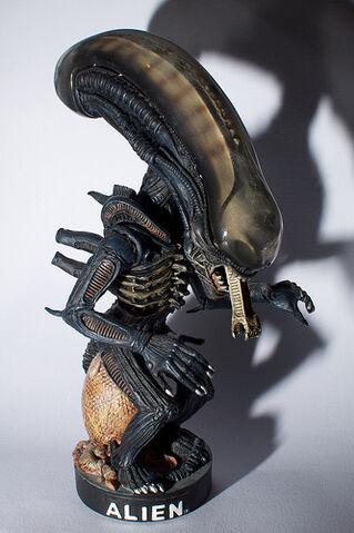 File:Alien Headknocker.jpg