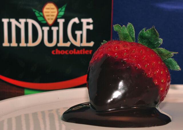 File:Deluxe-dark-chocolate.jpg