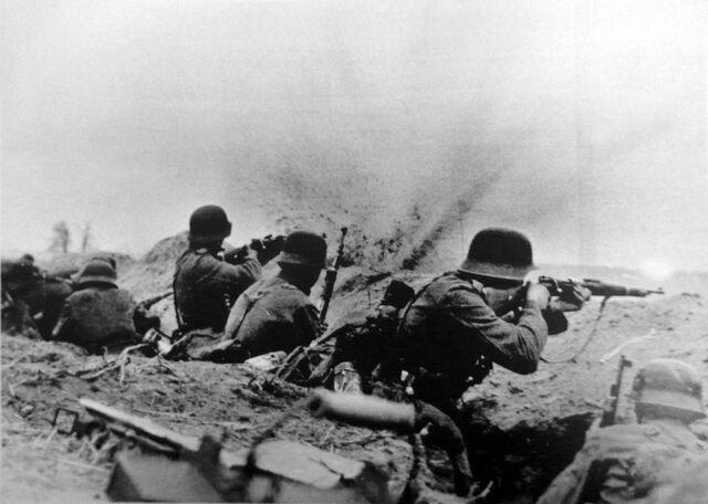 File:German Riflemen firing from trench, Soviet Union Circa 1943.jpg