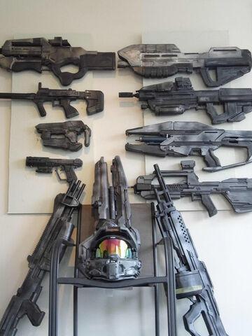 File:Halo Cosplay Guns.jpg