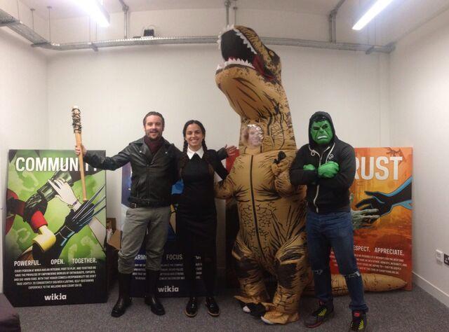 File:London Office Fandom Day.jpg