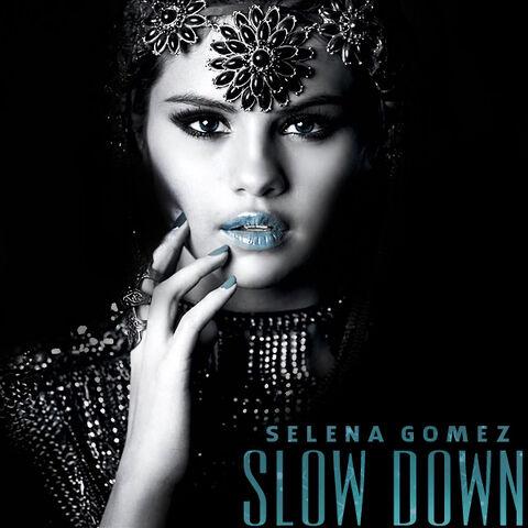 File:Selena-gomez-slow-down-album-coverselena-gomez--videoclipul-pentru-slow-down-blog-vedete-6av2dhbv.jpg