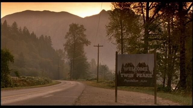 File:Welcome-top-10-the-things-you-never-knew-about-twin-peaks.jpeg