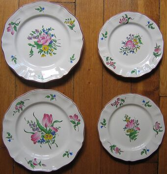 Industrial ware products from porcelain, faience, semi-porcelain and majolica