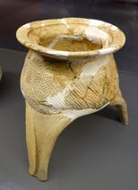 Pottery ding tripod vessel with zigzag pattern, Late Neolithic period, from Doubing Gang, Yinzhou, Sanshui - Hong Kong Museum of History - DSC00732