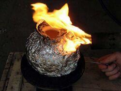 Seminario Gesell quema con soplete11