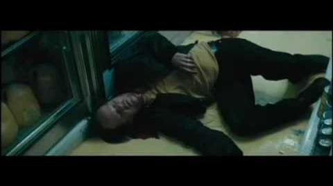 Jodie Foster VS. Robocop