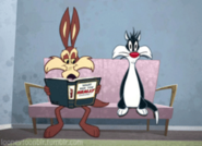 Thumb sear-looneytoonblr-tombir-com-looney-tunes-wile-e-coyote-sylvester-cat-gif-51499185