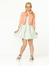 Maddie promotional pic 7