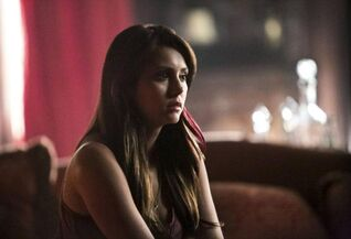 The Vampire Diaries - Elena Gilbert 5 - Nina Dobrev