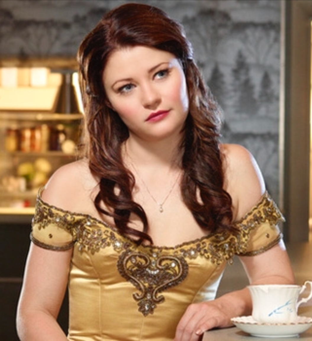 Belle (Once Upon a Time) | Fictional Characters Wiki | FandomOnce Upon A Time Ruby And Belle