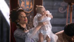 Once Upon A Time - Regina Mills 128 - Lana Parrilla