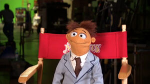 TheMuppets-Behind-The-Scenes-Interviews-Walter