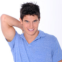 File:Thumb-RobbieAmell.png