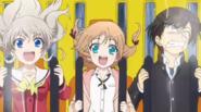 Nao, Yu et Iori dans les montagnes russes