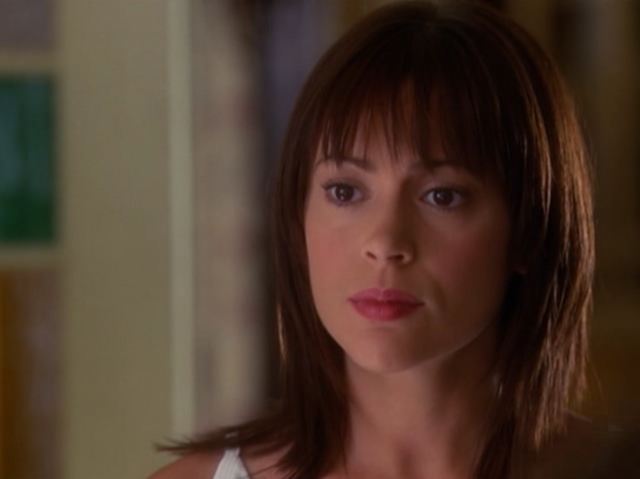 File:Phoebe-s5.png